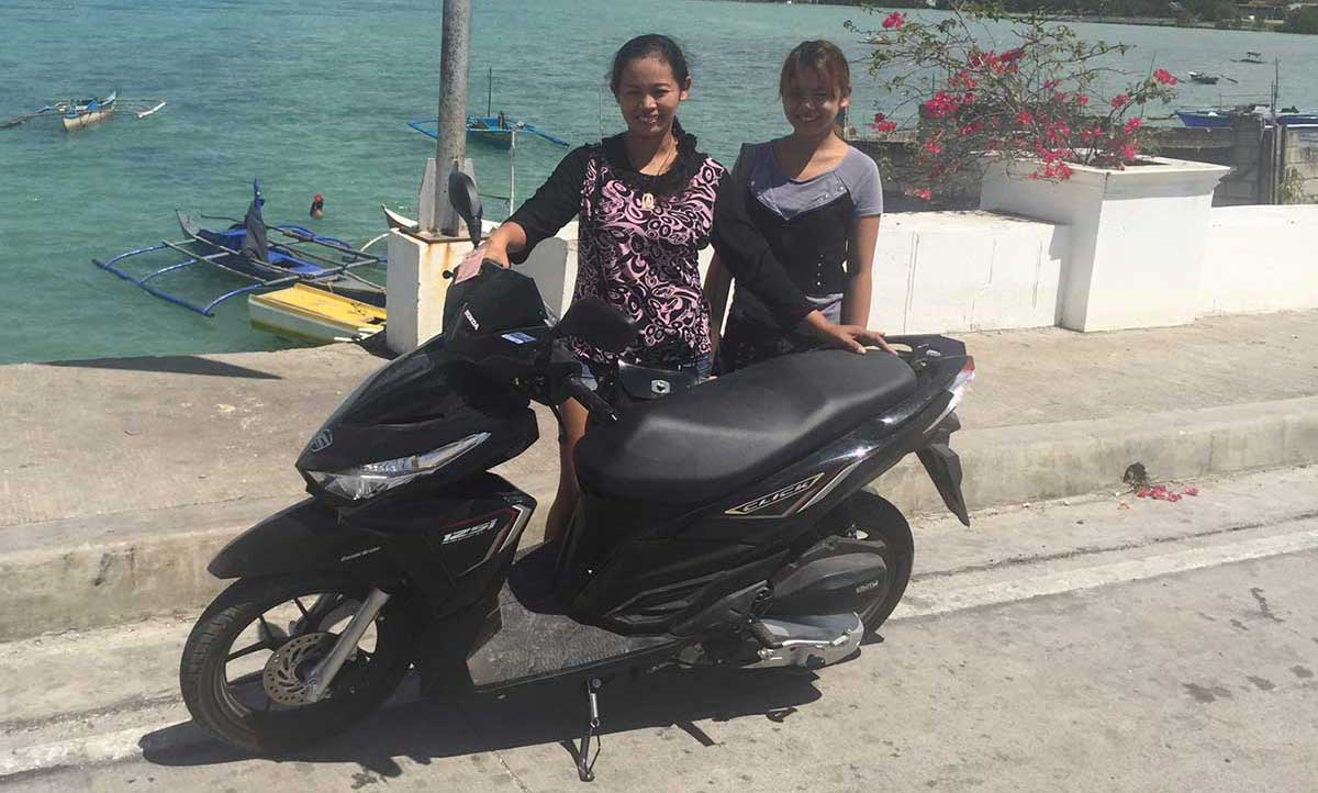 Scooters and motorcycles - rental in Bohol